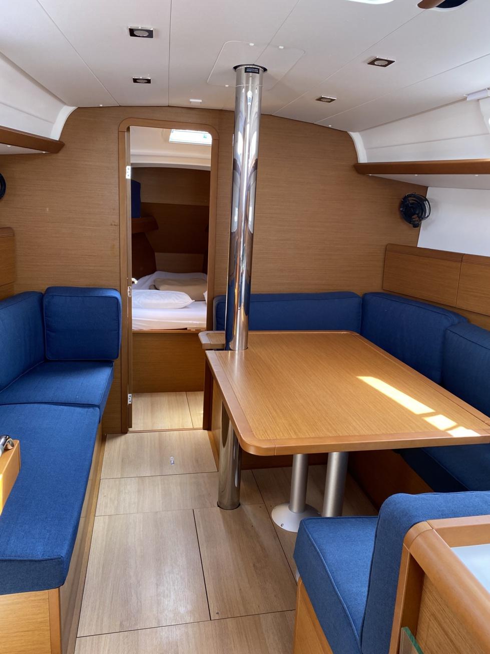 NOVECENTO, DUFOUR 500 GL de 2013 (mise en service 2014) version 4 cabines + 3 SDB